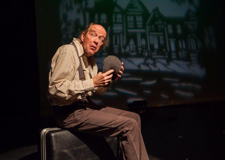 Eerste jeugdvoorstelling in Theater 't Web: 'De 100 jarige man die uit het raam klom en verdween'