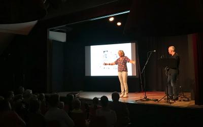 Vivian den Hollander krijgt Theater 't Web twee keer muisstil
